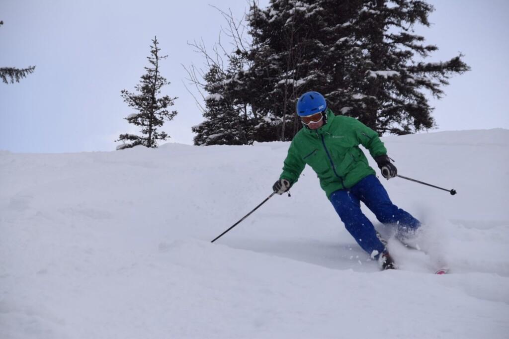 skien in poedersneeuw damuls