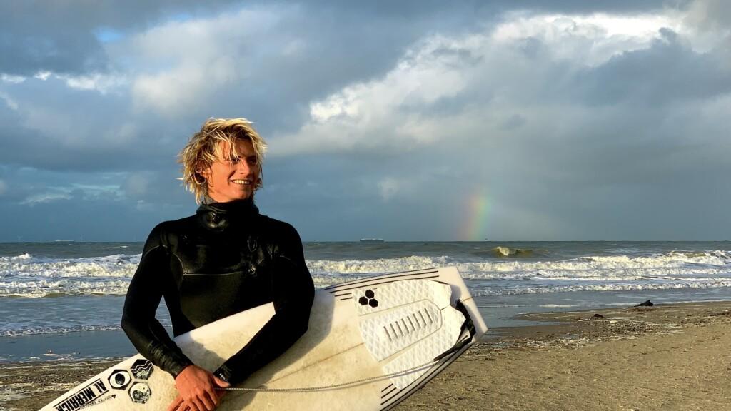 arturo surfer