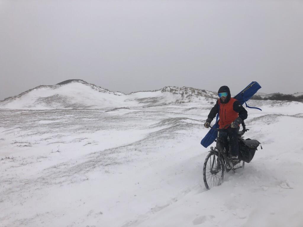 hard biking in dunes